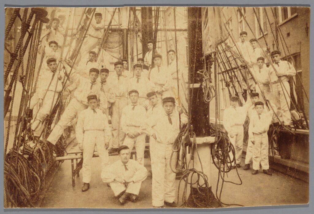Seamen in training, Amsterdam, year unknown. Beeldbank Amsterdam